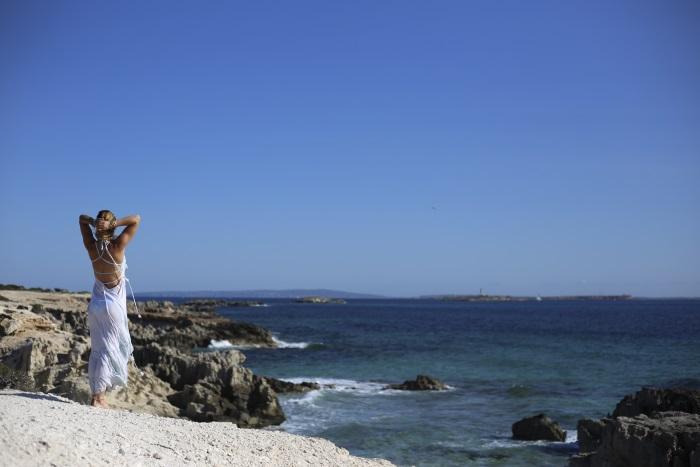 beach views rosie